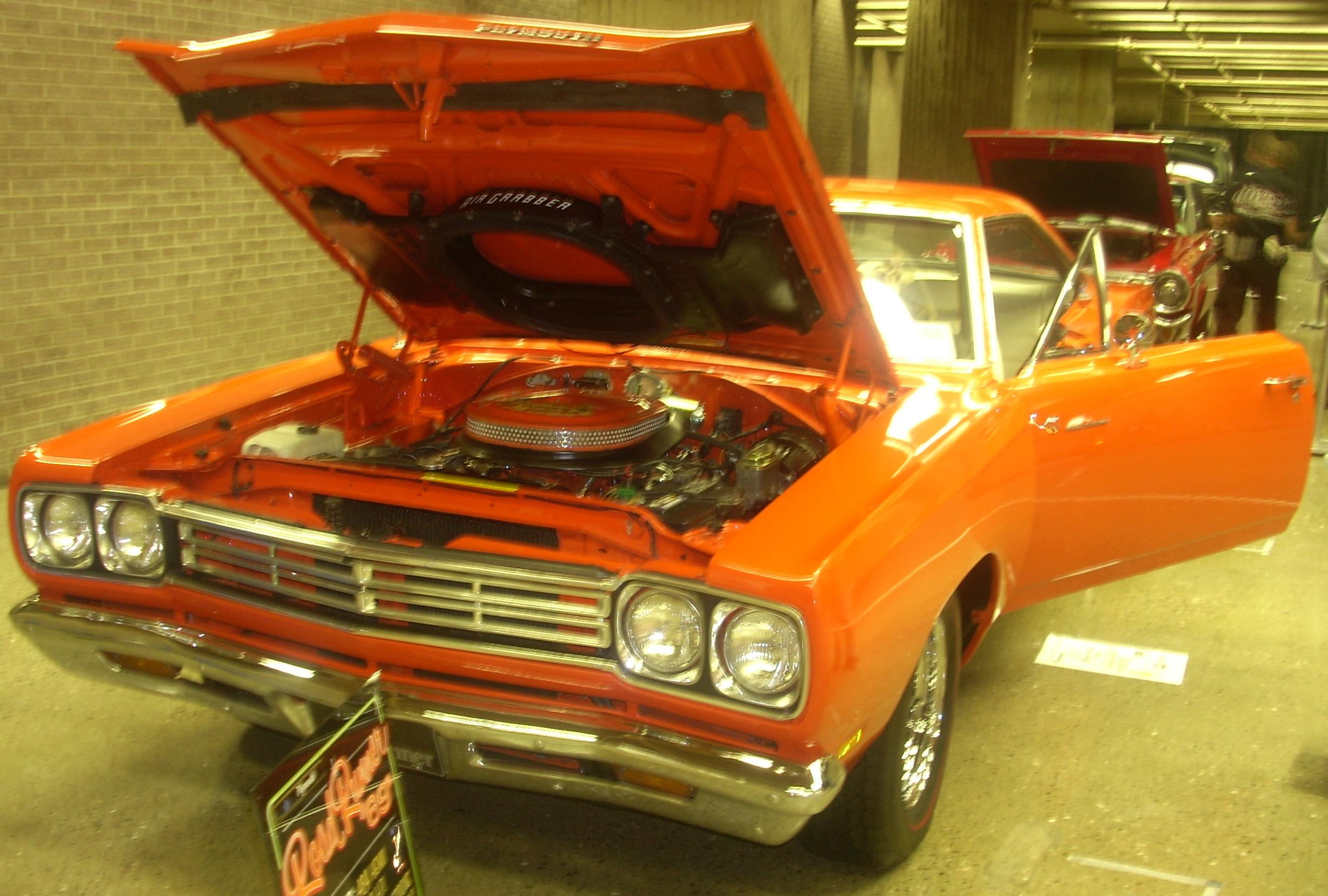 Index Of Pub Wikimedia Images Wikipedia Commons 0 08 Plymouth Road Runner Engine Bay Diagram 69 Auto Classique